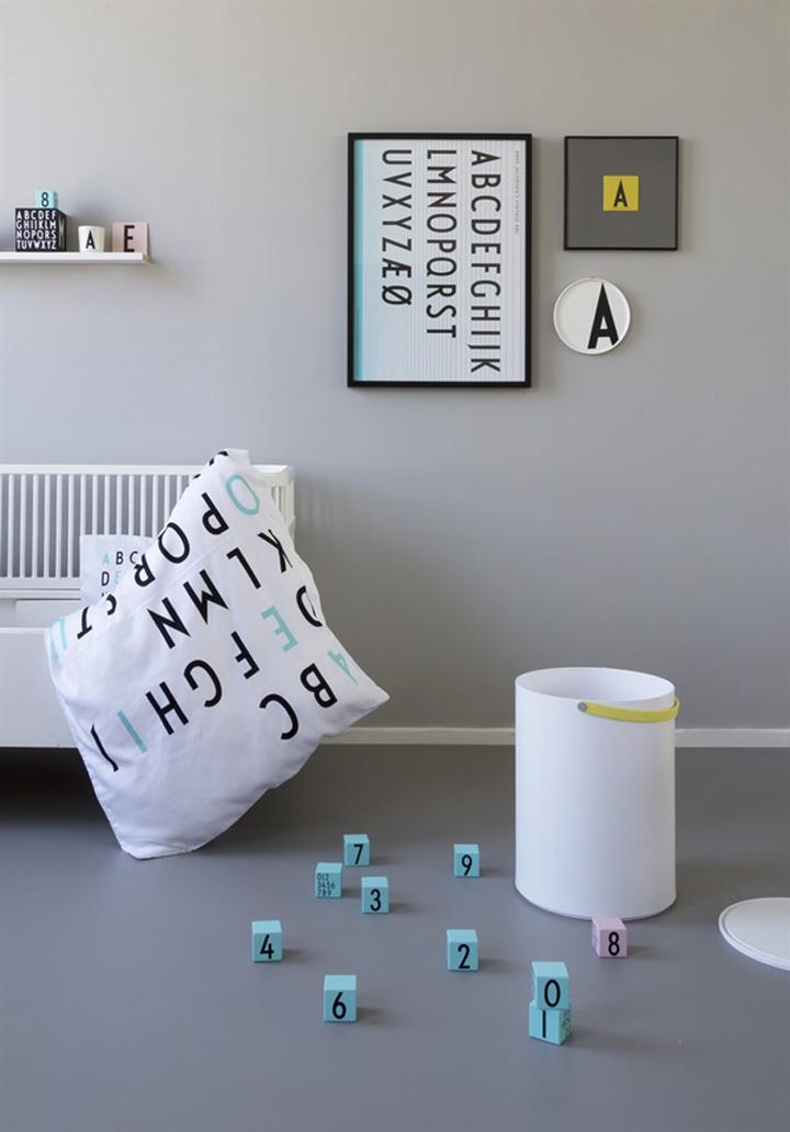 Design-letters-barnrum