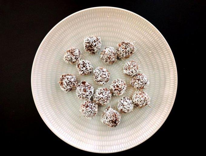 resizedimage800605 kokosbollar