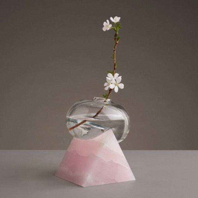 indefinite vases erik olovsson product design glass stone marble gustav almestal dezeen 936 17 640x2