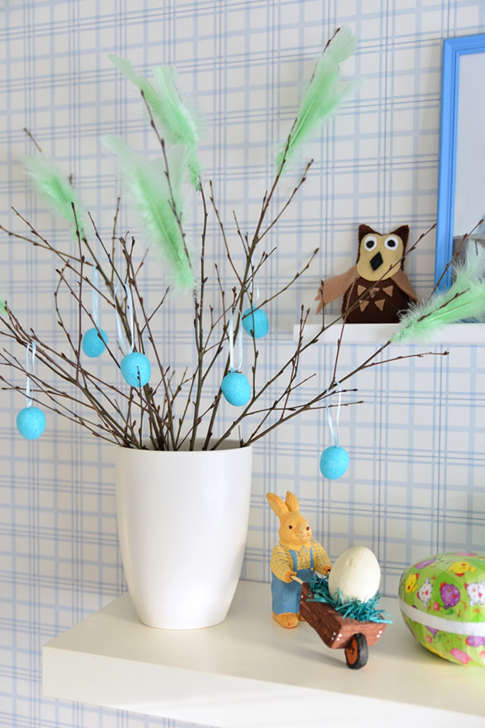 Blue Easter in boys room