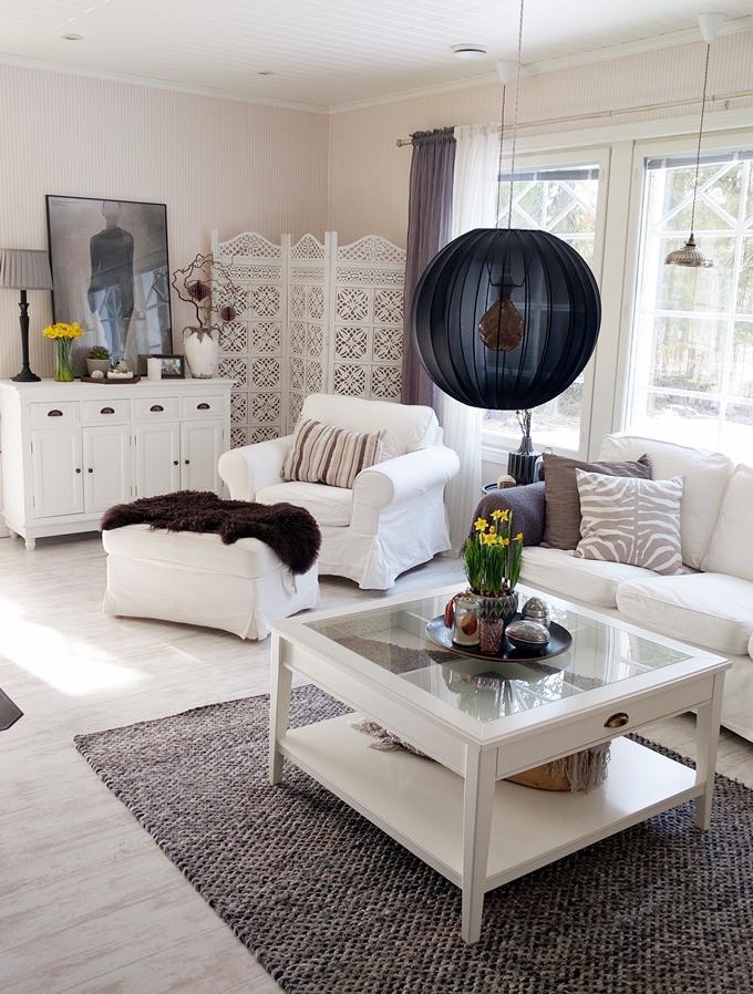Easter livingroom