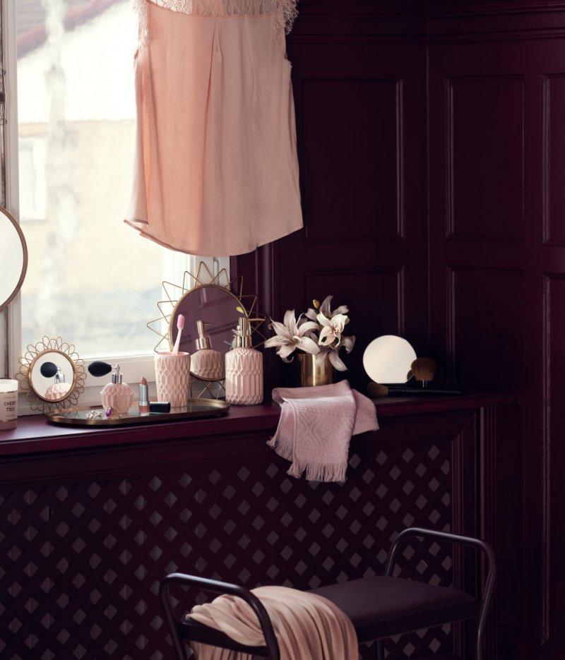 pink interior2